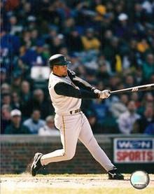 Aramis Ramirez Pittsburgh Pirates Unsigned 8x10 Photo