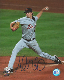 Andrew Miller Autographed Detroit Tigers Action 8x10 Photo
