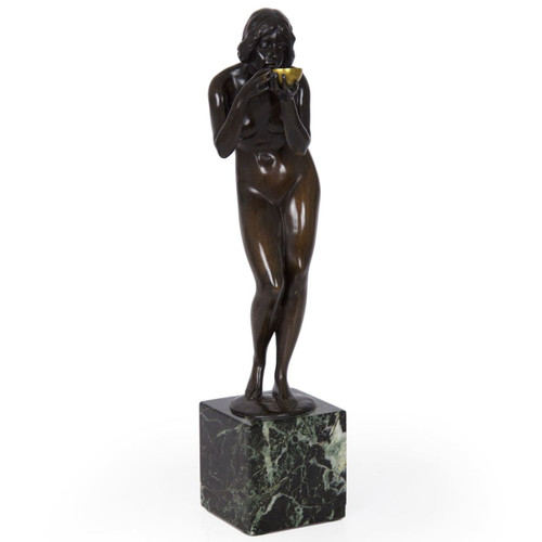 "Antique Bronze Sculpture ""Trinkender Frauenakt"" by Victor Heinrich Seifert (German, 1870-1953)"