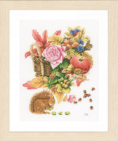 Counted Cross Stitch Kit: Squirrel (Evenweave) By Lanarte