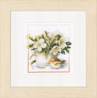 Counted Cross Stitch Kit: Sheltering Robin (Aida,W) By Lanarte