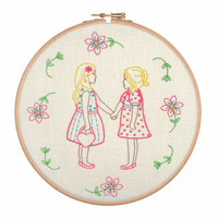 Embroidery Hoop Kit: Friends for Ever By Anchor