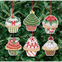 Christmas Cupcake Ornaments Kit Making 6 cupcakes