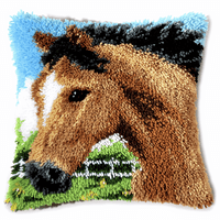 Latch Hook Kit: Cushion: Horse 2
