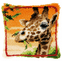 Latch Hook Kit: Cushion: Giraffe Eating Leaves By Vervaco