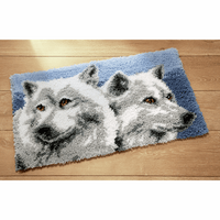 Latch Hook Kit: Rug: 2 Wolves by Vervaco