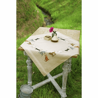 Embroidery Kit: Tablecloth: Cats by vervaco