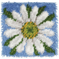 Daisy Latch Hook Rug by Caron