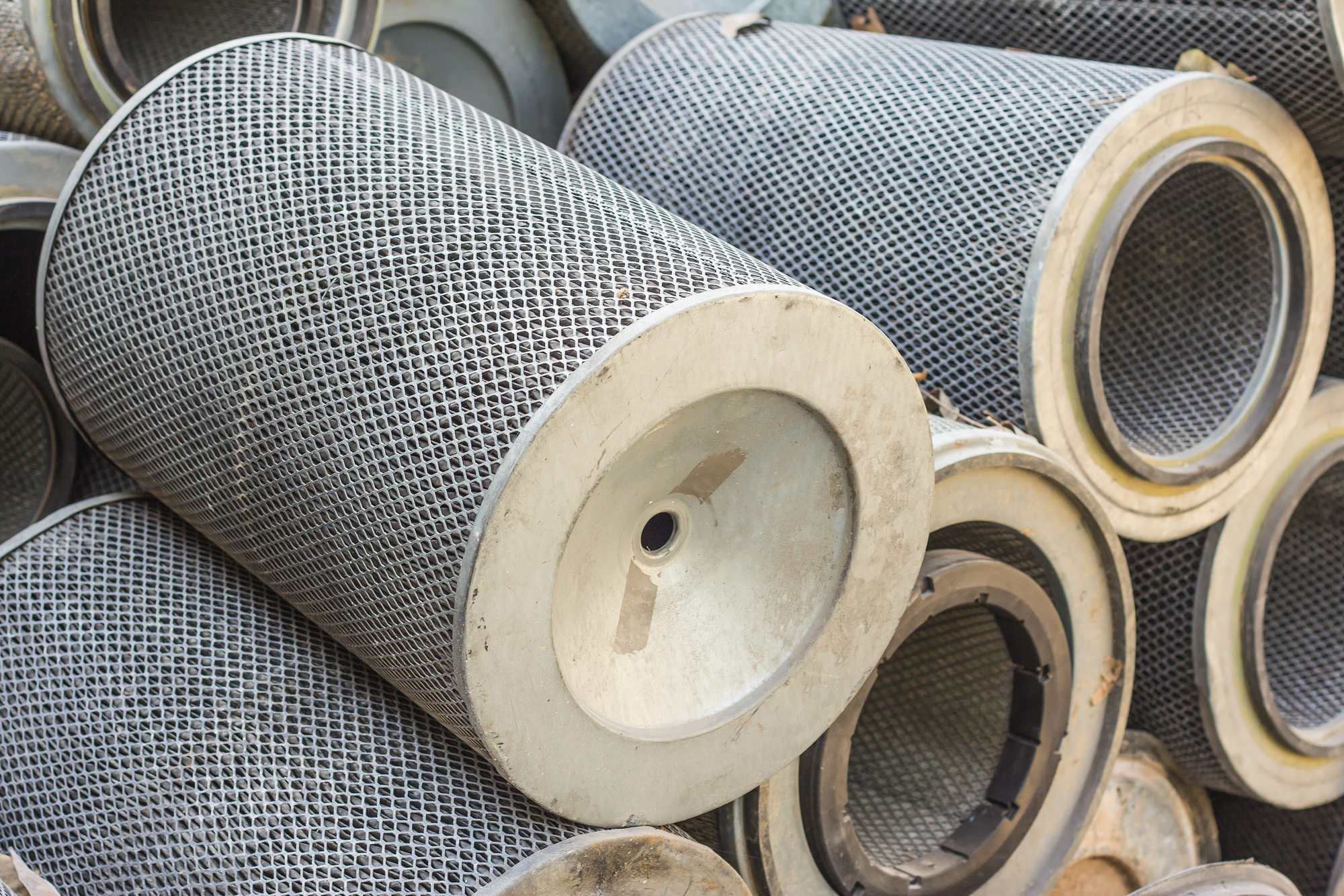 8 Dirty Air Filter Symptoms: How to Know When to Clean Your Air