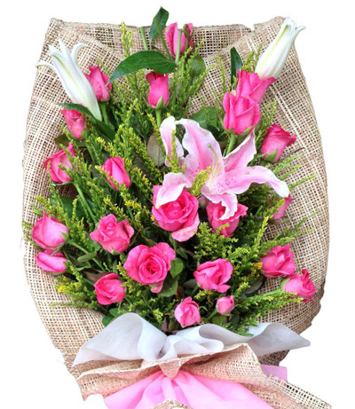 24 Pretty in Pink Roses & Stargazer bouquet