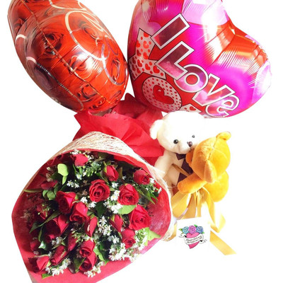 The Lovers Roses Teddies Package