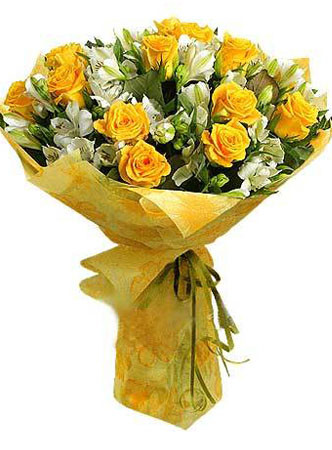 12 Yellow Roses & Peruvian lilies bouquet