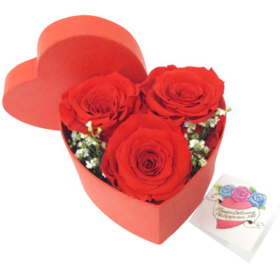 Ecuadorian Roses Fun Size Heart Box