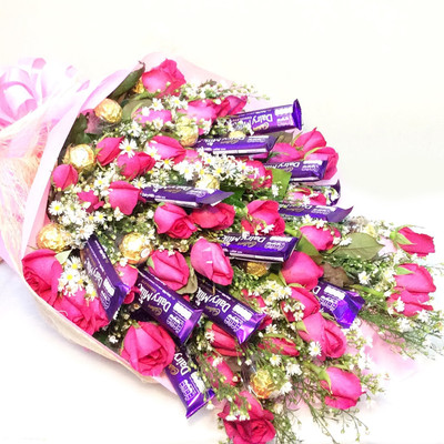 Pretty in Pink Roses, Cadbury and Ferrero bouquet