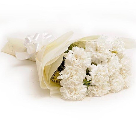 10 Carnations Bouquet Flower Delivery Philippines