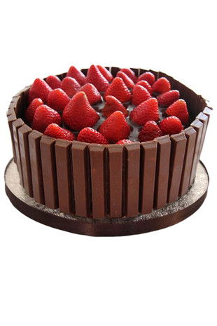 Strawberry Kit Kat Chocolate Cake Regular