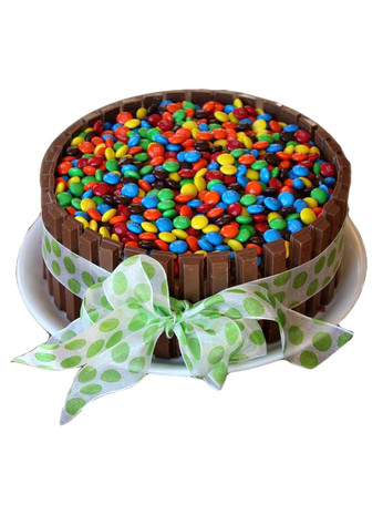 M&M's Kit Kat Chocolate Cake Regular