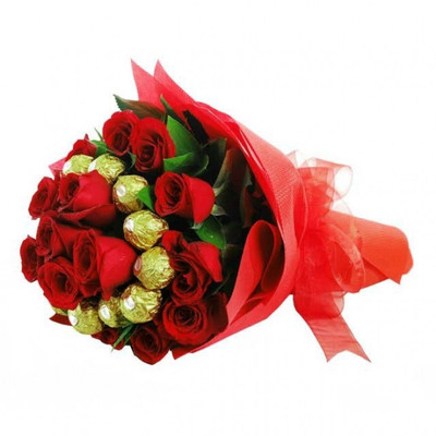 20 XL Roses & 10 Ferrero Bouquet