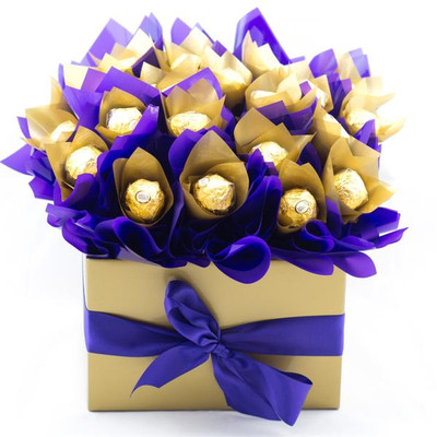 12 Ferrero Rocher square box