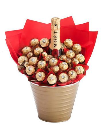Moët & Ferrero Luxury Bouquet