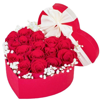 12 red Ecuadorian roses in a heart box