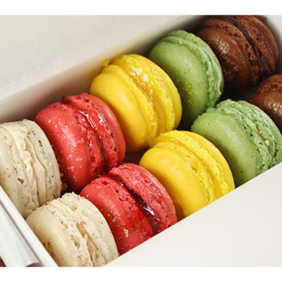 10 French Macarons box