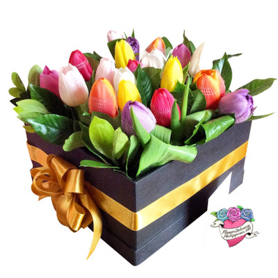 18 Rainbow Tulips Box