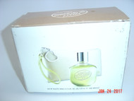 DKNY BE DELICIOUS 2PCS GIFT SET FOR HER: NEW AND UNOPENED PACKAGE? GENUINE & 100% AUTHENTIC FRAGRANCE.  4.2FLOZ EAU DE TOILETTE,WRISTLET.