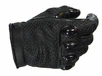Dark Knight: Batman Armory - Batman Right Gripping Hand