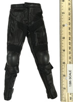 Heavy Armored Special Cop (v2.0) - Leather Pants w/ Kneepads