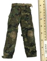 SFG Veteran: Dragoon - Camo Pants w/ Belt & Knee Pads