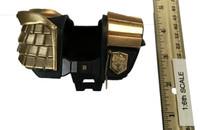 Dredd - Shoulder Armor (See Note)