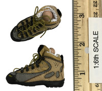 Digital Camouflage Women Soldier: Max - Boots (For Feet - Included)