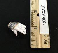 Silver Huntress - Left Open Hand