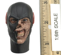 The Dark Speedster - Head (Scarred) (Molded Neck)