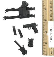 Female SWAT - Pistol (Sig Sauer) w/ Holster