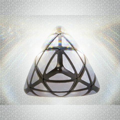 IQ Pyramid - SILVER IQBG006900 by IQCUBES.COM