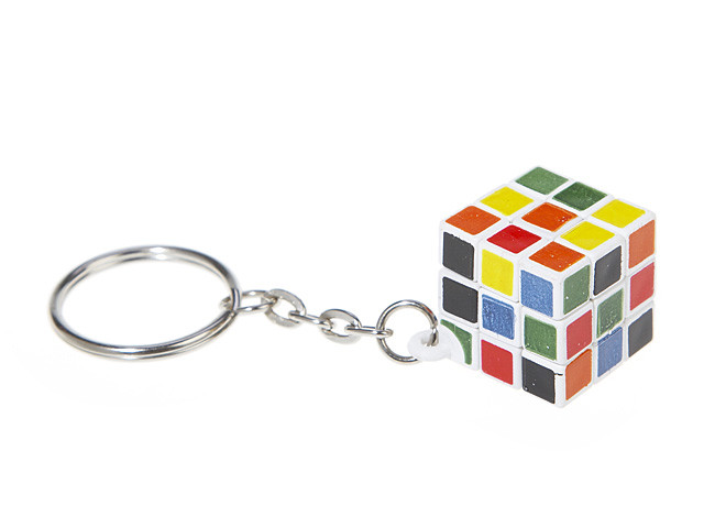 The Ultra Tiny 3x3x3 IQ Cube KeyChain (INNV003400) by IQCUBES.COM