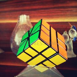 Irregular IQ Cube (INNV002300) by IQCUBES.COM