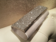 ARETHA SILK LADY SHINNING CLUTCH EVENING PARTY BAG PURSE Silver