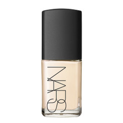 Nars Sheer Glow Foundation in Deauville