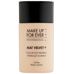 MUFE Mat Velvet+ Mattifying Foundation in 25 Warm Ivory