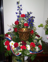 The Bloom Closet's Cremation Patriotic Table Piece