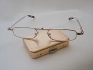 Folding Traveler Reading Glasses / Gold