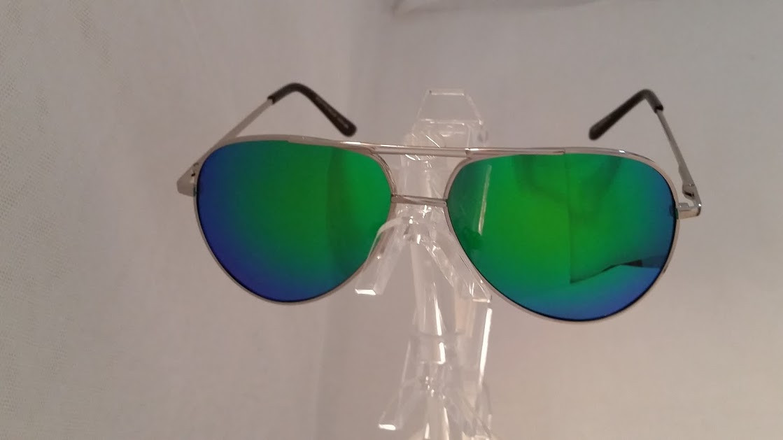 e547d55efb7 Polarized Green Blue Mirrored Aviator - EyeNeeds
