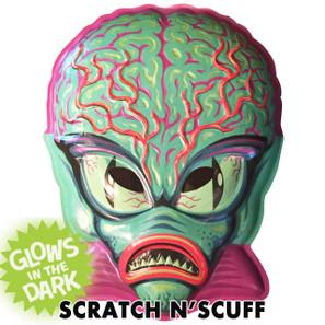 Scratch N' Scuff Alien Master Vac-tastic Plastic Mask -