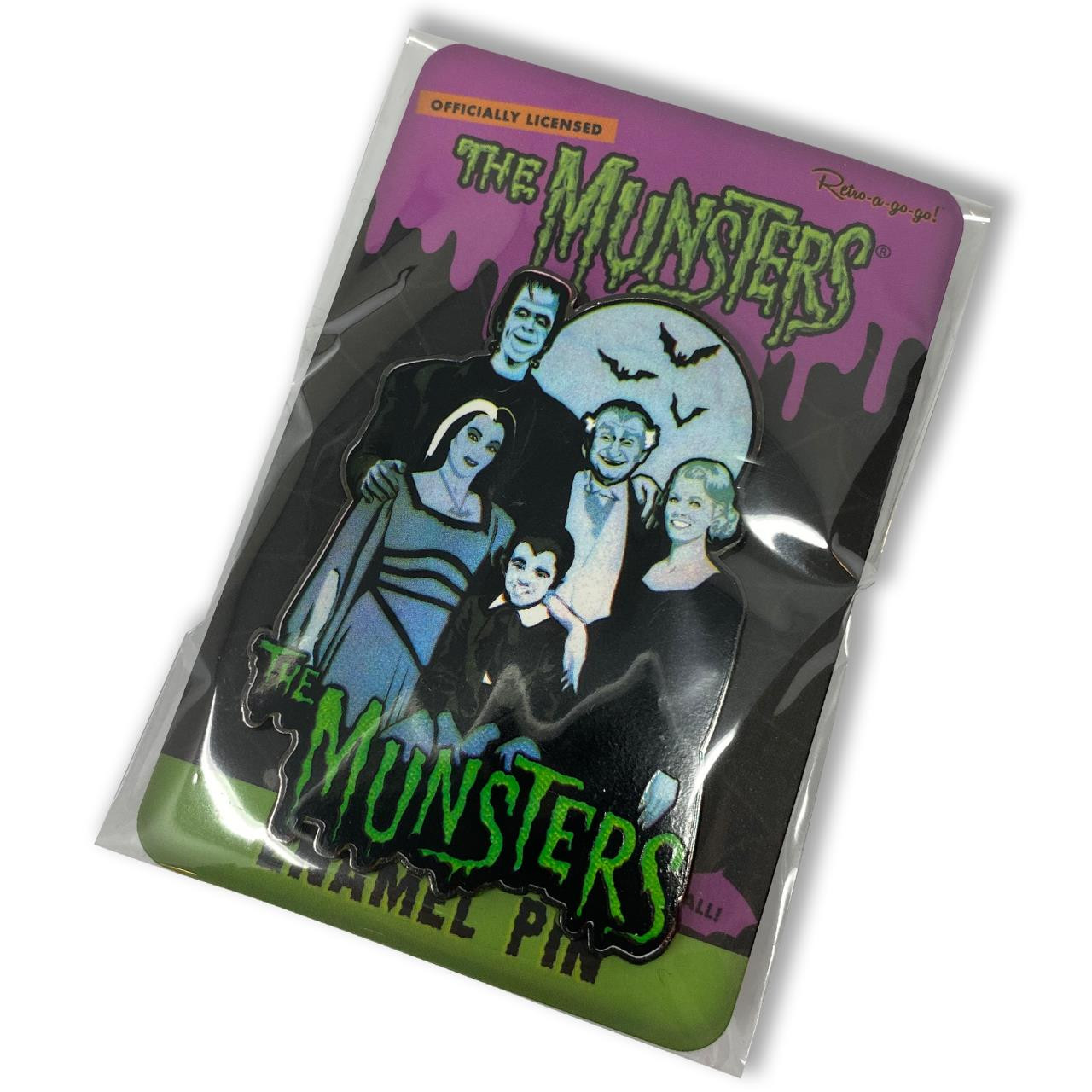 The Munsters Family Collectable Pin* - 0659682807218