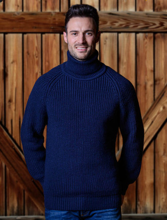 Fisherman's Ribbed Wool Turtleneck Sweater - Navy