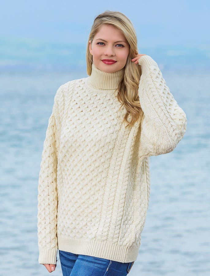 Merino Wool Turtleneck Sweater , Natural White