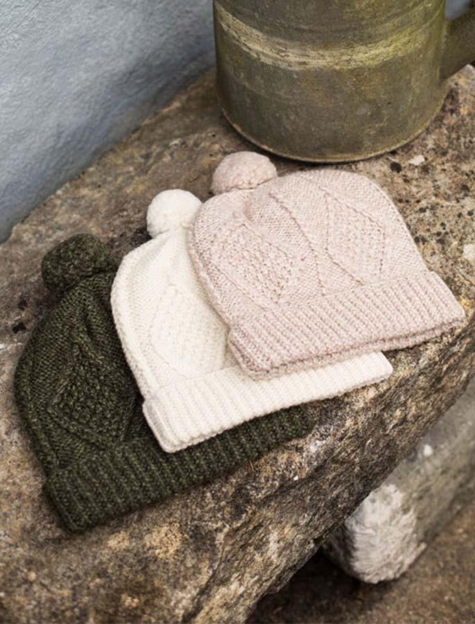 8b37081ad Handknit Aran Ski Hat